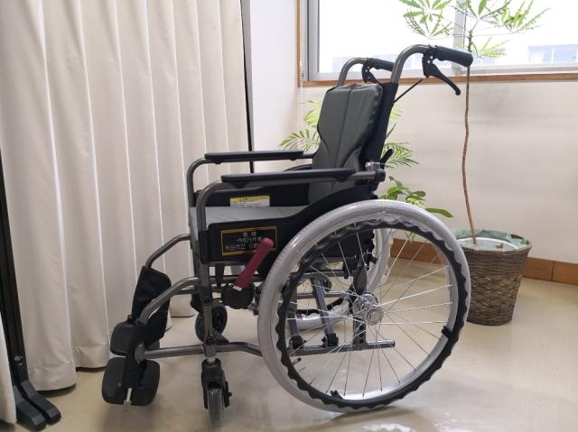 車椅子寄贈4