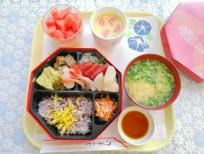 夏祭り昼食2